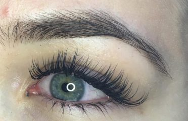 Luxury Lashes by Jessica