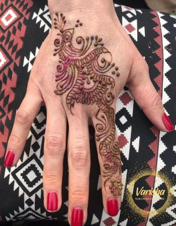 Varisha Hair, Makeup & Mendhi